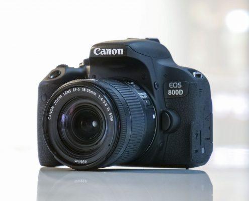 Canon EOS Revel T7i / 800D